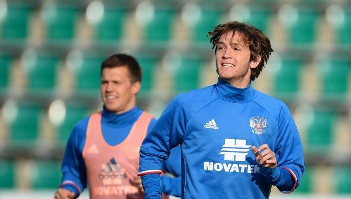1504175720 fernandes 712x405 - Фернандес забил гол в дебютной игре за сборную России