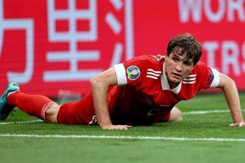6131c2c99330e 480x320 - У Марио Фернандеса травма колена. Он не сыграет с Кипром
